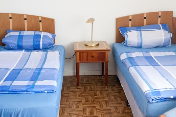 room6F5D9303D-A900-9E21-0953-AED55A672DDC.jpg